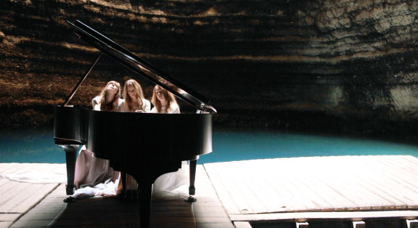 Piano in a cave: Clair de Lune inside of Utah's Crater